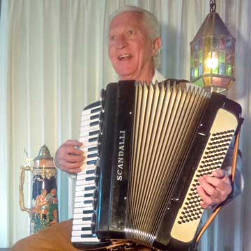 Wolfgang-Volz-Accordion